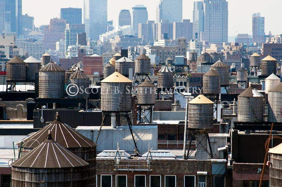 Scott-B-Smith-New-York-City-Rooftop-Water-Tanks